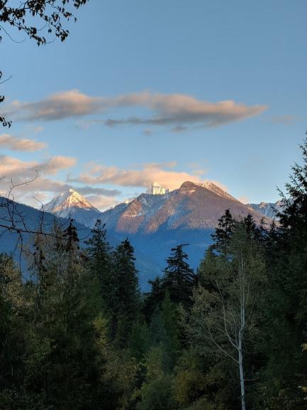 kaslo_mountainpeaks